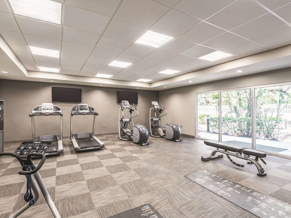 Fitness Facility, La Quinta Inn & Suites by Wyndham Orlando Lake Mary