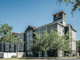 La Quinta Inn & Suites by Wyndham Orlando Lake Mary