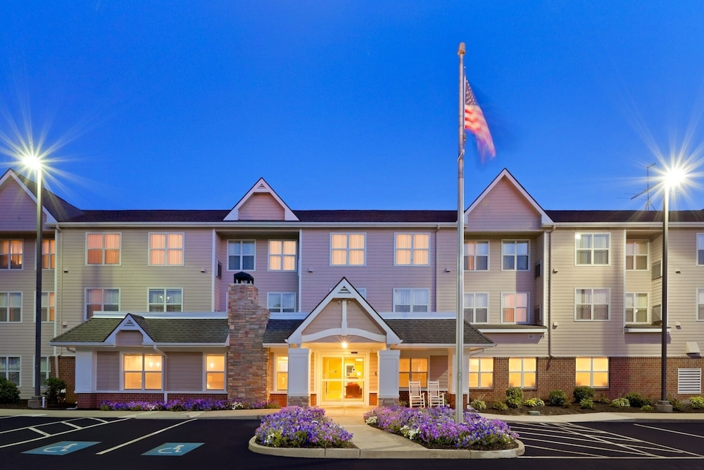 Front of Property - Evening/Night, Residence Inn Dedham