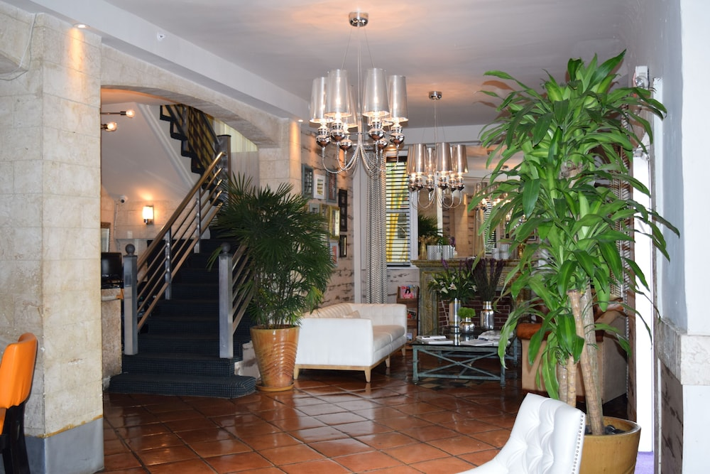 Interior Entrance, Hotel Shelley, a South Beach Group Hotel