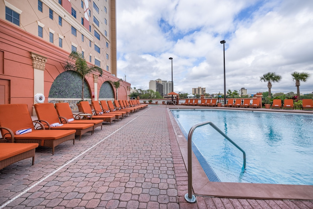 Outdoor Pool, Westgate Palace a Two Bedroom Condo Resort