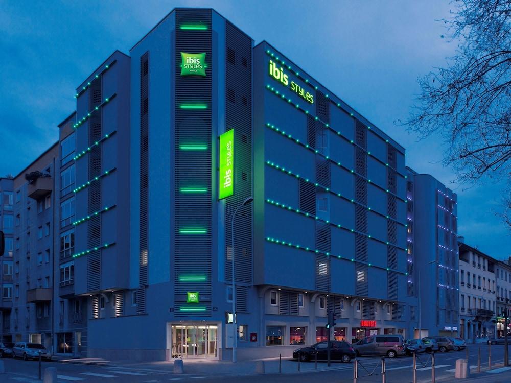 Hotel Ibis Confluence Lyon