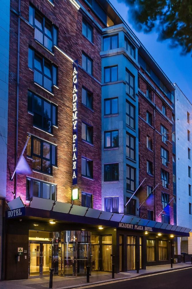 Academy Plaza Hotel Reviews Photos Rates Ebookers Com