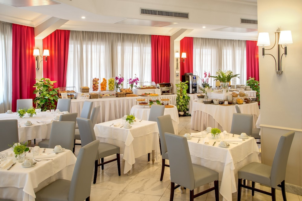 Food Court, Hotel Cristoforo Colombo