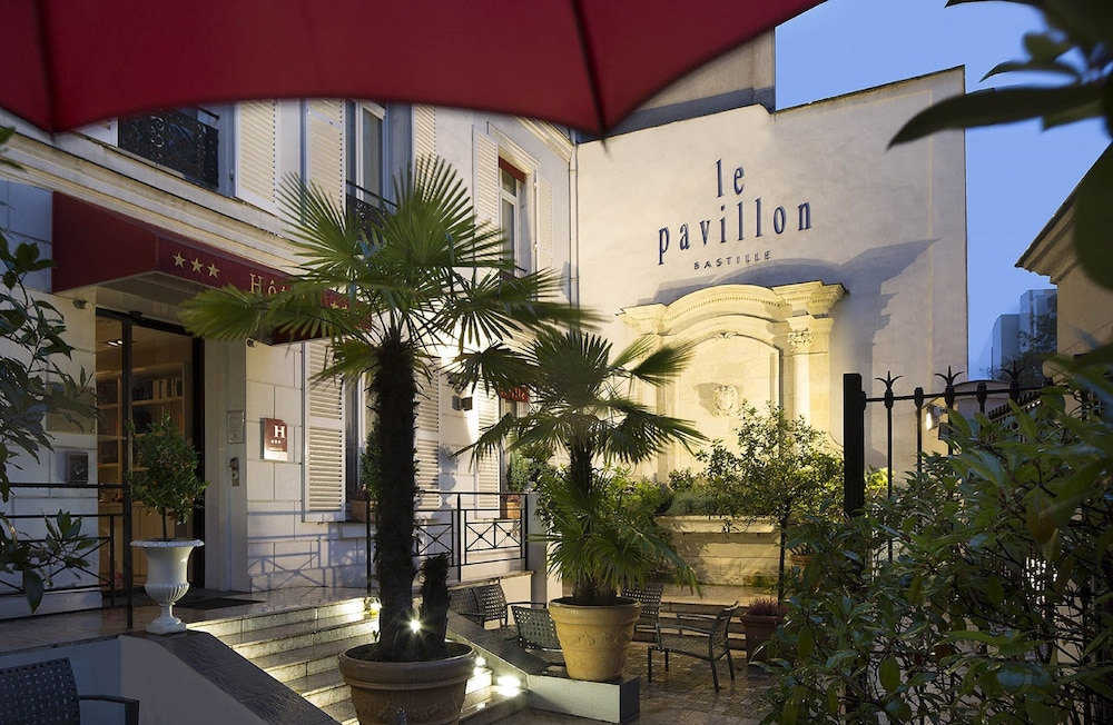Book hotel pavillon bastille paris hotel deals for Bastille hotel