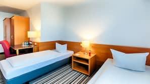 객실 내 금고, 다리미/다리미판, 유아용 침대, 간이 침대