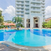 Waterfront Suites Phuket by Centara