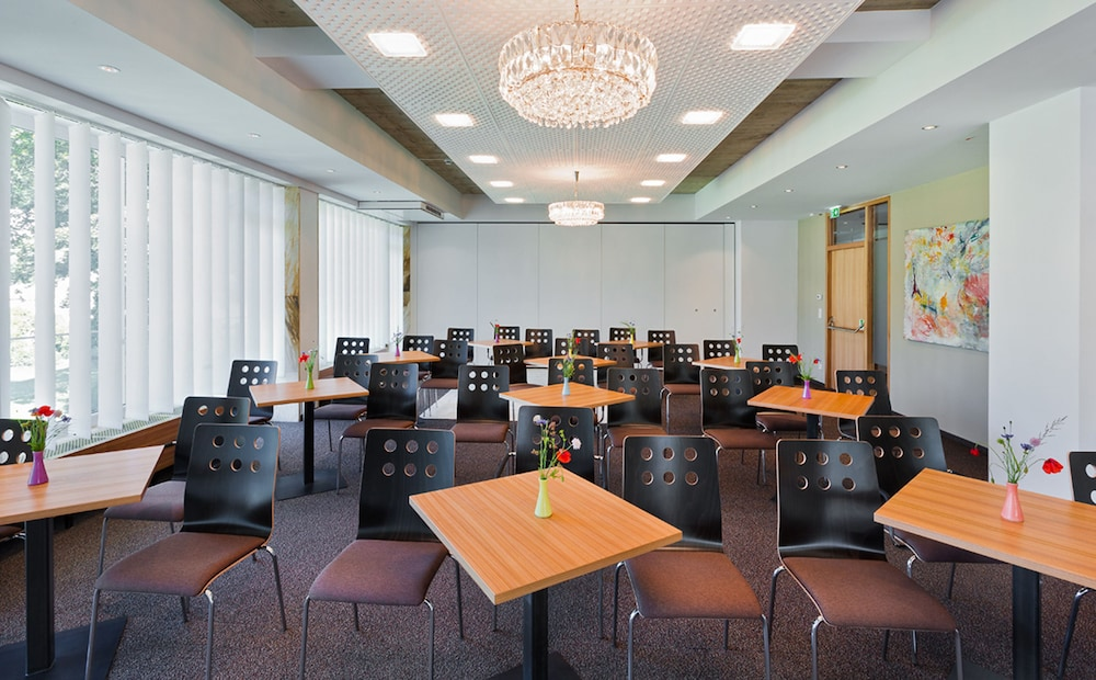 Meeting Facility, At the Park Hotel