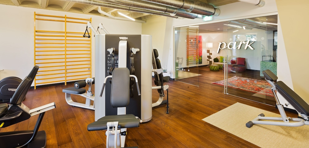 Fitness Studio, At the Park Hotel