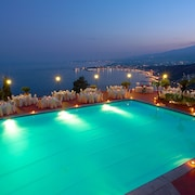 옥상 수영장