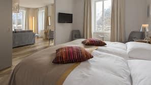 Hypo-allergenic bedding, free minibar, in-room safe, desk