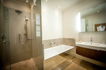 Weston Road, Bath, BA1 2XT