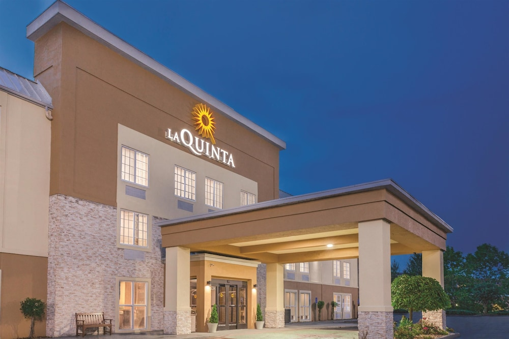 La Quinta Inn  U0026 Suites Knoxville North I