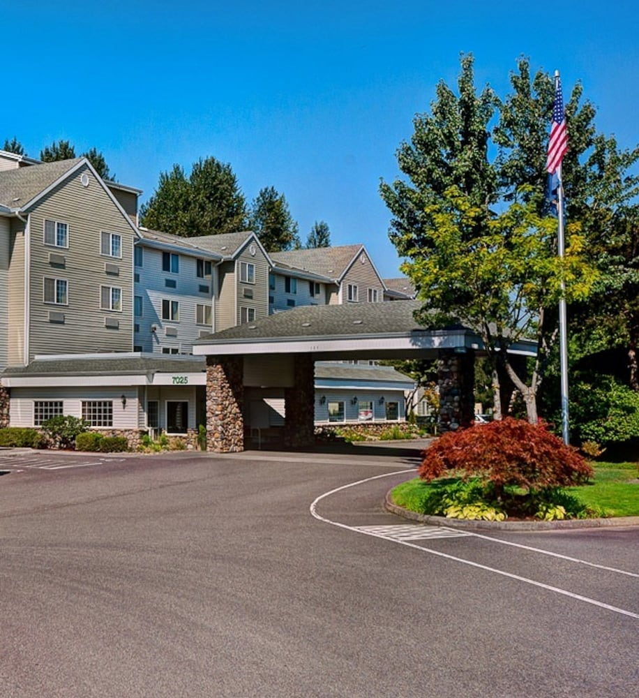 Front of Property, Country Inn & Suites by Radisson, Portland International Airport, OR