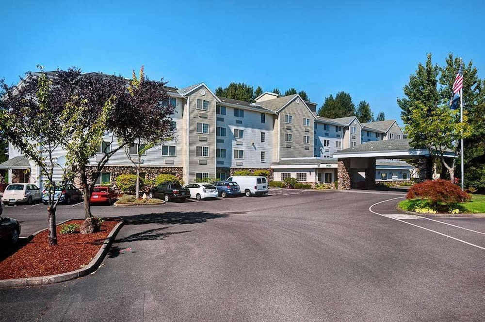 Exterior, Country Inn & Suites by Radisson, Portland International Airport, OR