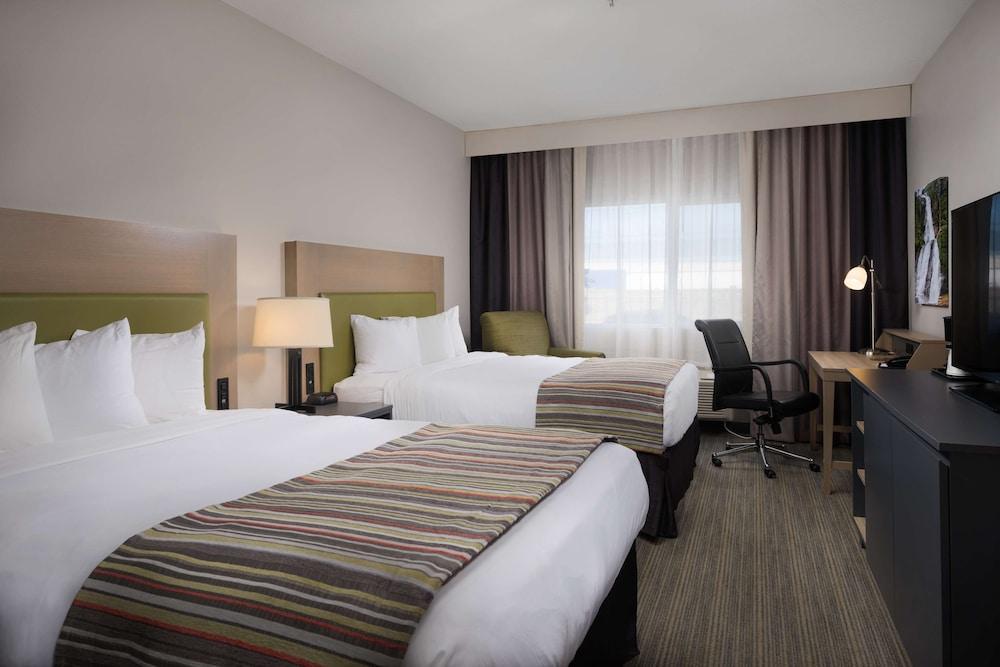 Room, Country Inn & Suites by Radisson, Portland International Airport, OR