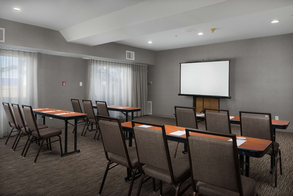 Meeting Facility, Country Inn & Suites by Radisson, Portland International Airport, OR