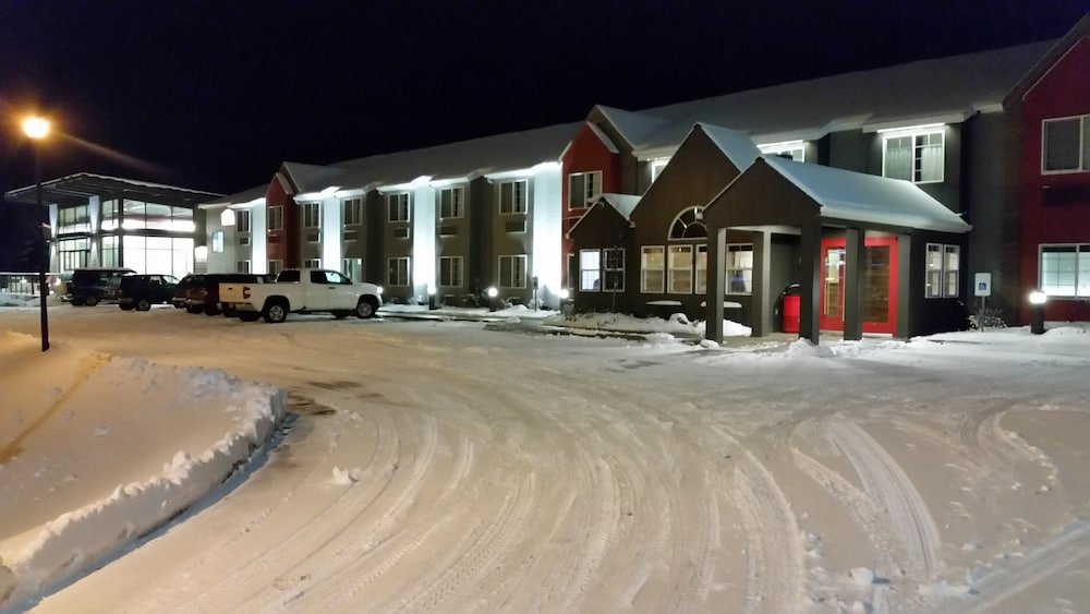 Front of Property - Evening/Night, Hotel Ruby Ponderay/Sandpoint