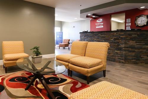 Econo Lodge & Suites Greenville