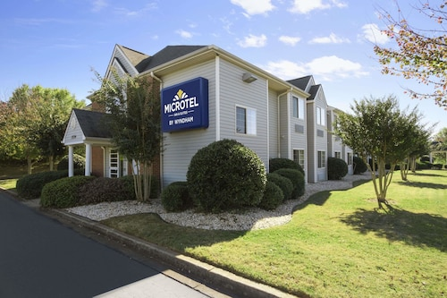 Great Place to stay Microtel Inn by Wyndham Duncan/Spartanburg near Duncan