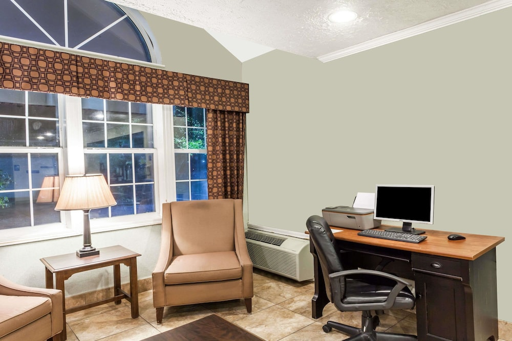 Business Center, Microtel Inn by Wyndham Wilson
