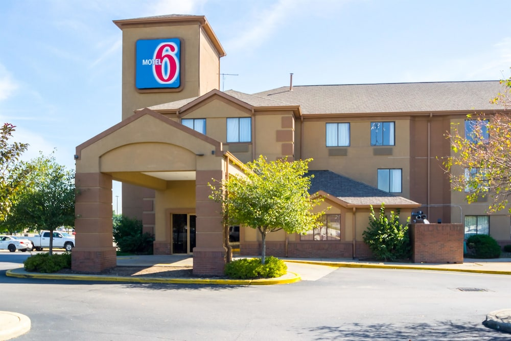 Featured Image, Motel 6 Indianapolis, IN - Airport