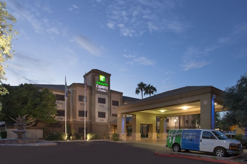 Great Place to stay Holiday Inn Express Hotel & Suites Phoenix Downtown-Ballpark near Phoenix