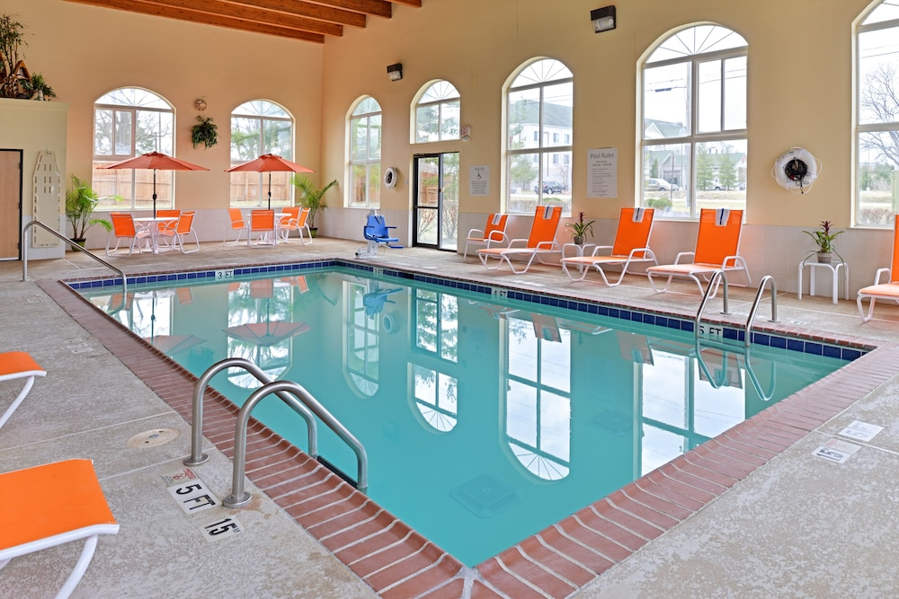 Indoor Pool, Holiday Inn Express & Suites Cincinnati-N/Sharonville, an IHG Hotel