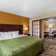 Quality Suites Addison-Dallas