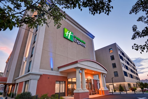 Great Place to stay Holiday Inn Express Boston near Boston