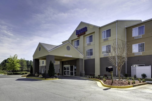 Great Place to stay Fairfield Inn By Marriott Suwanee near Suwanee