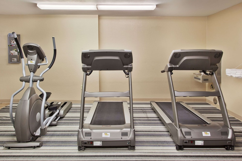 Fitness Facility, Sonesta Simply Suites Chicago Libertyville