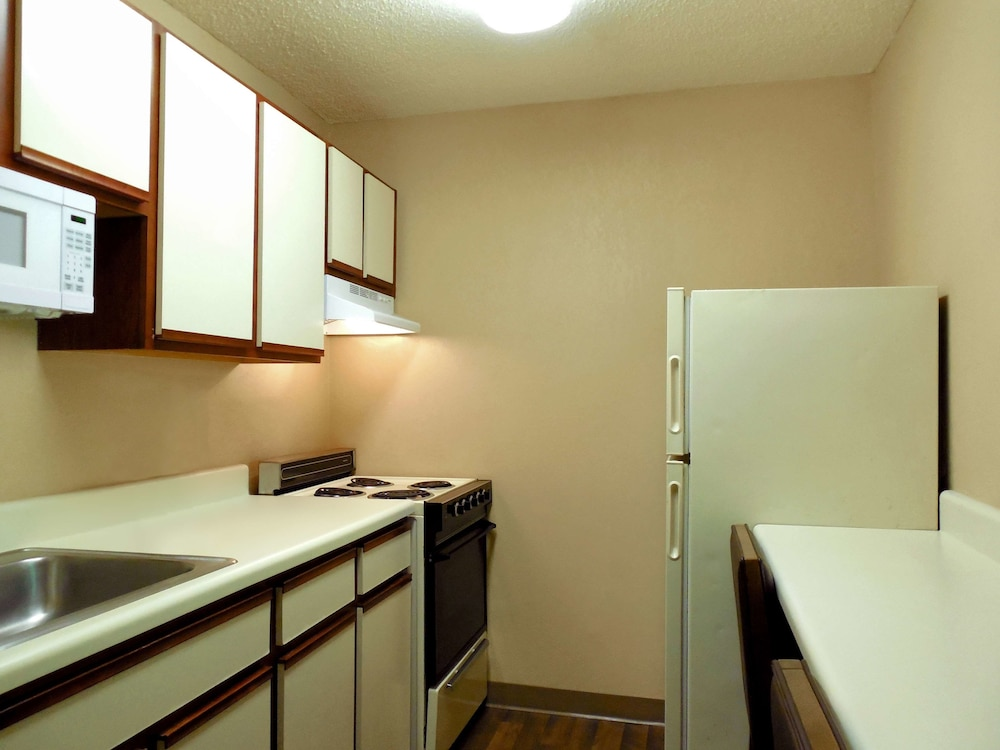 Private Kitchen, Extended Stay America - Orlando Theme Parks - Vineland Rd.