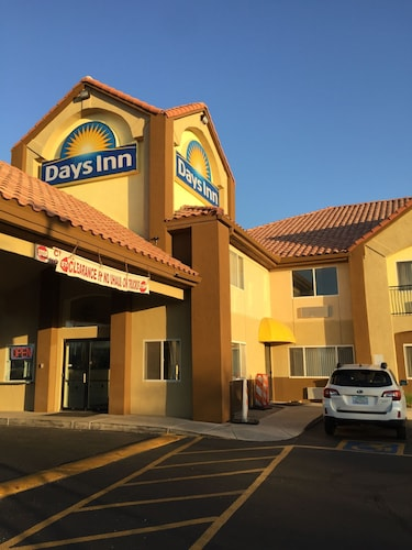 Check Expedia for Availability of Days Inn by Wyndham Phoenix North