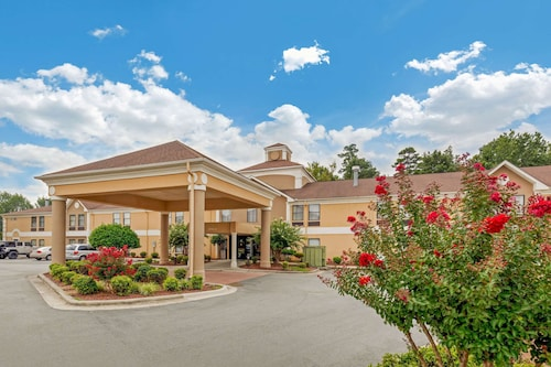 Quality Inn Near High Point University