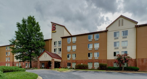 Red Roof Inn PLUS+ Raleigh NCSU - Convention Center