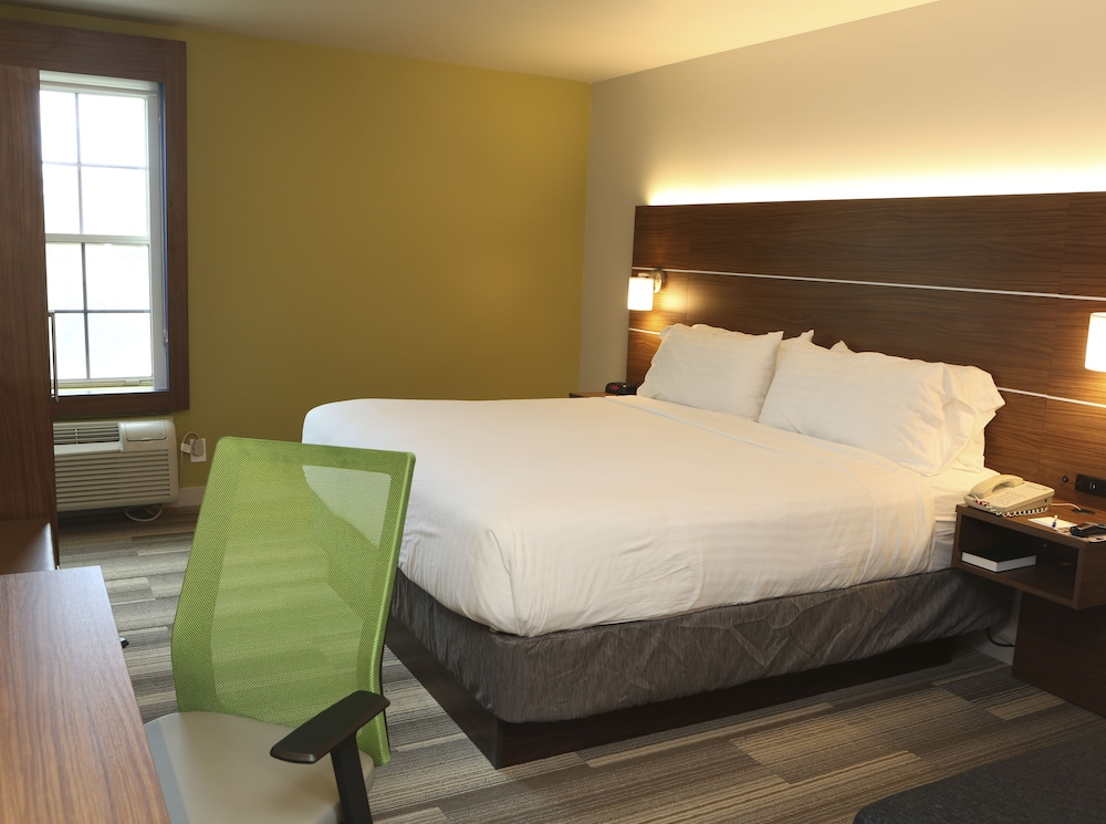 Room, Holiday Inn Express Hotel & Suites Phoenix-Airport