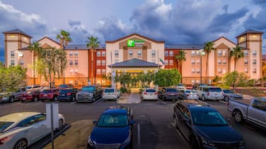 Holiday Inn Express Hotel & Suites Phoenix-Airport, an IHG Hotel