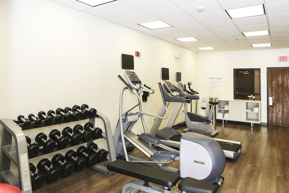 Fitness Facility, Holiday Inn Express Hotel & Suites Phoenix-Airport