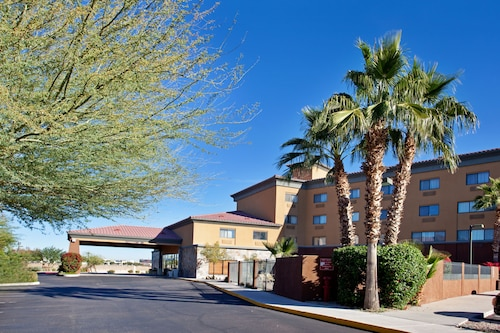 Holiday Inn Express & Suites Phoenix/Chandler