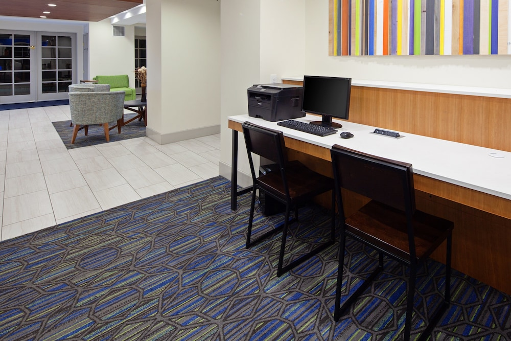 Business Center, Holiday Inn Express Hotel & Suites San Diego-Escondido, an IHG Hotel