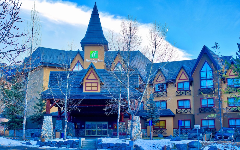 Featured Image, Holiday Inn Canmore