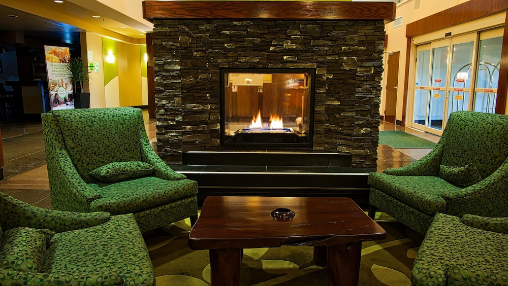 Lobby, Holiday Inn Canmore