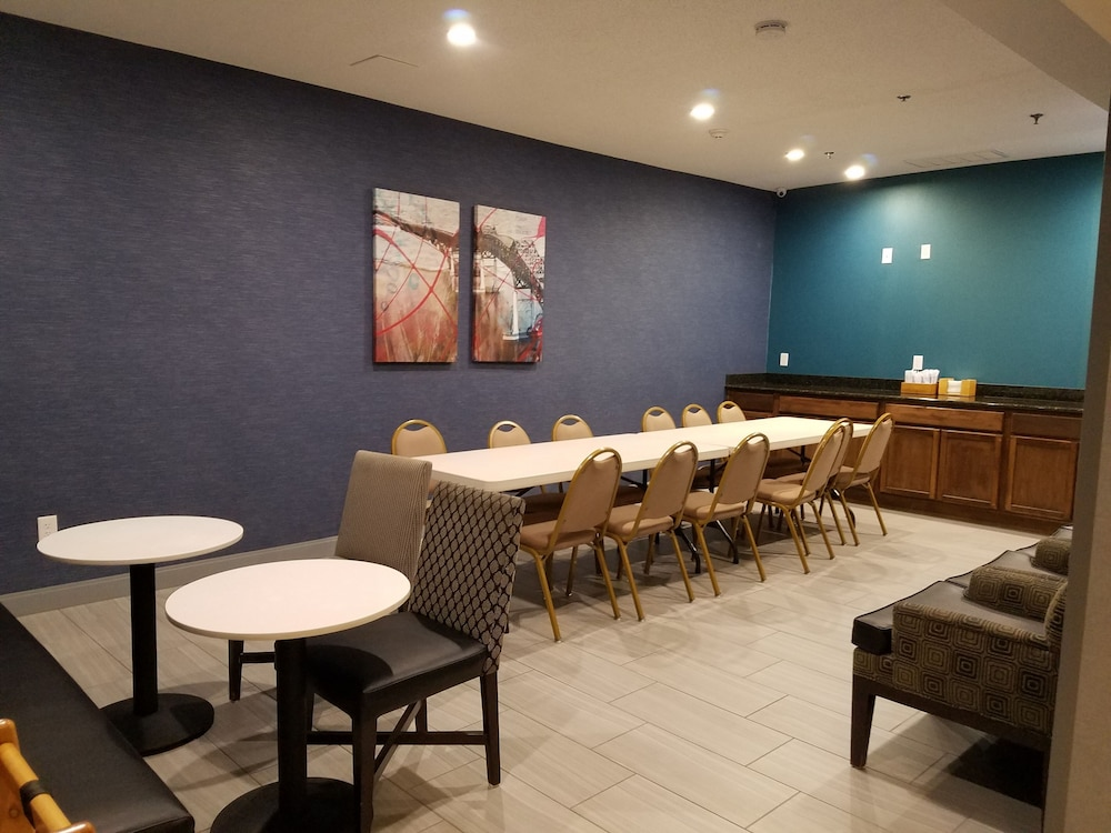 Meeting Facility, Hampton Inn Kansas City/Blue Springs, MO