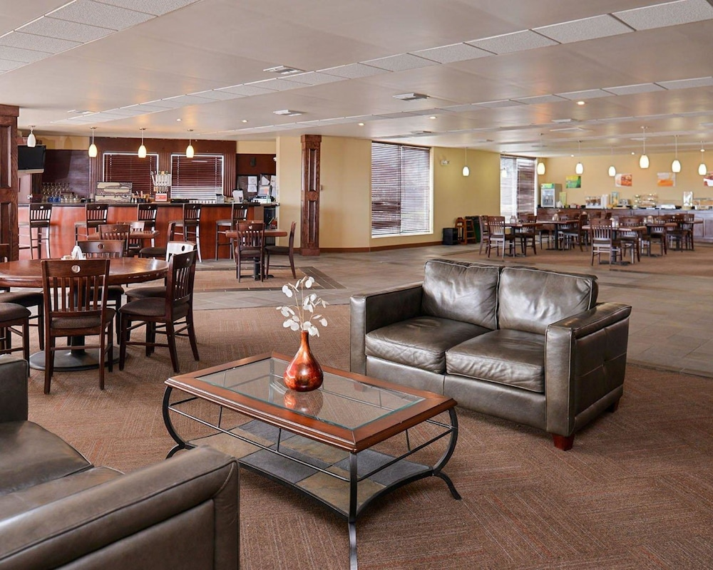 Lobby, Quality Inn Oklahoma City Airport