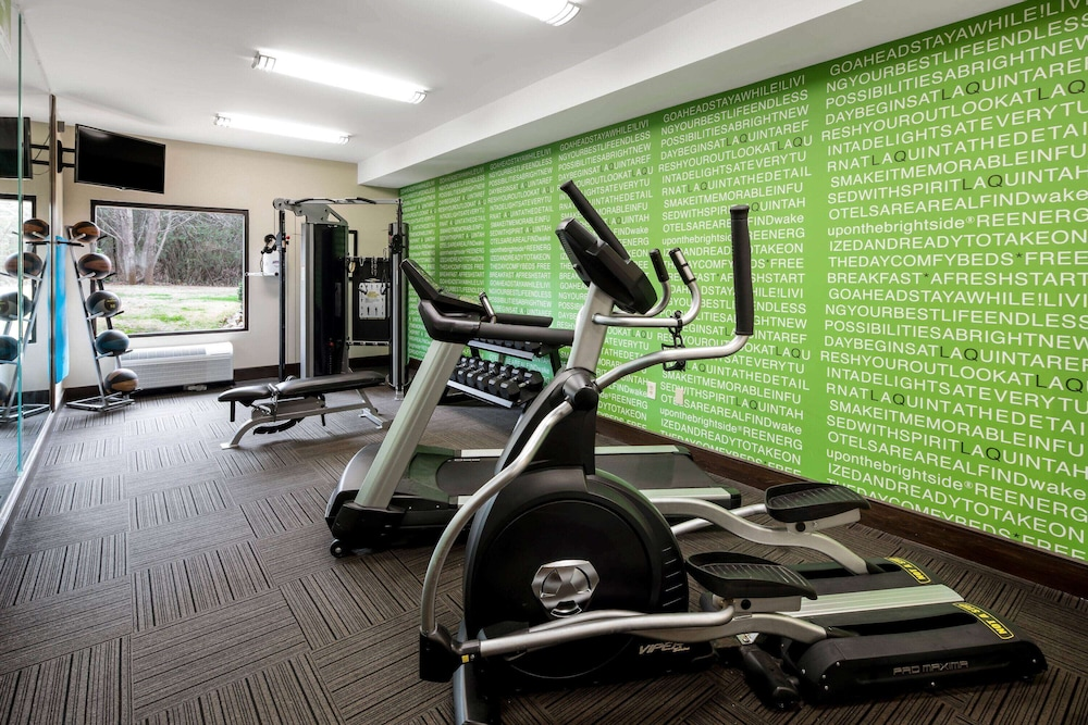 Fitness Facility, La Quinta Inn & Suites by Wyndham LaGrange / I-85