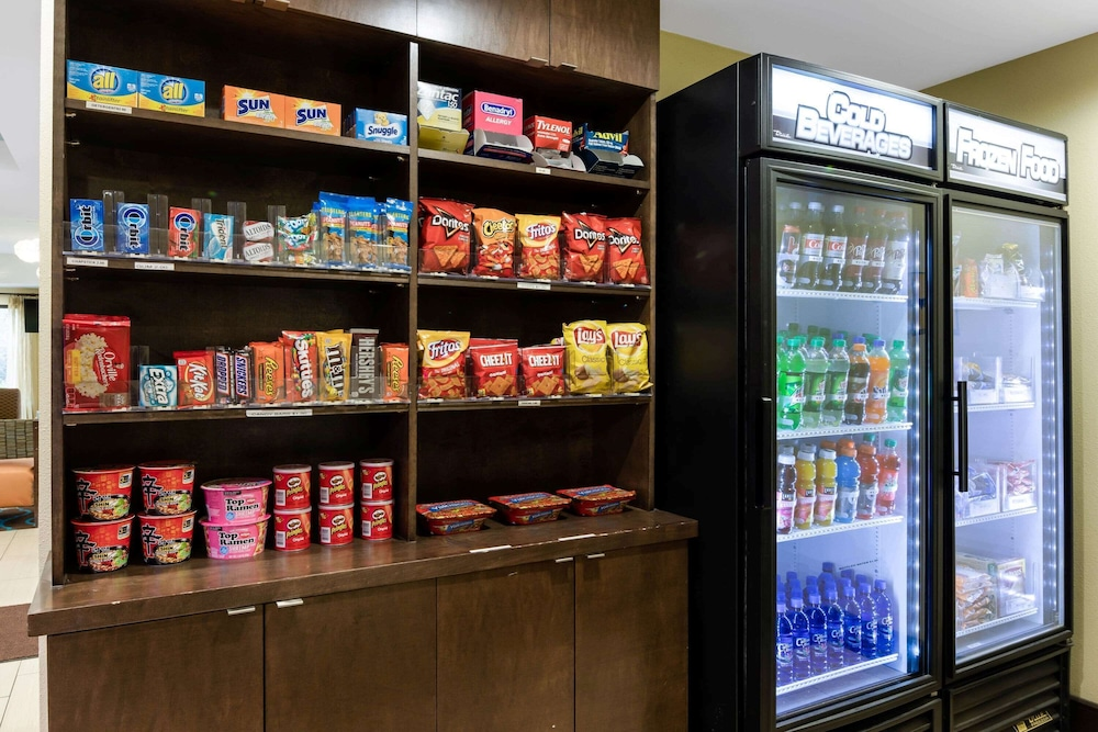 Property Amenity, La Quinta Inn & Suites by Wyndham LaGrange / I-85