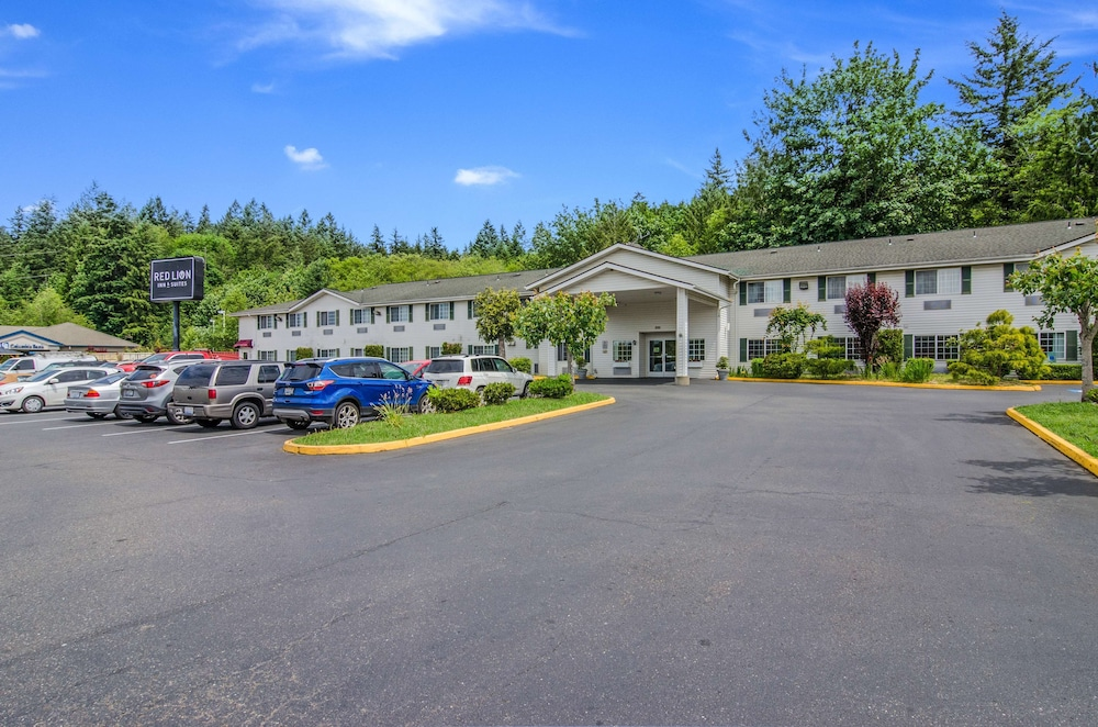 Exterior, Red Lion Inn & Suites Port Orchard