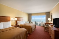 Standard Room, Oceanfront (2 double  and 1 sofa)