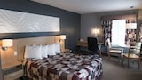 Econo Lodge - La Malbaie Hotels